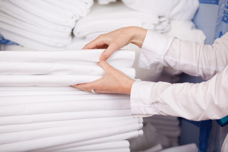 healthcare facility laundry equipment service